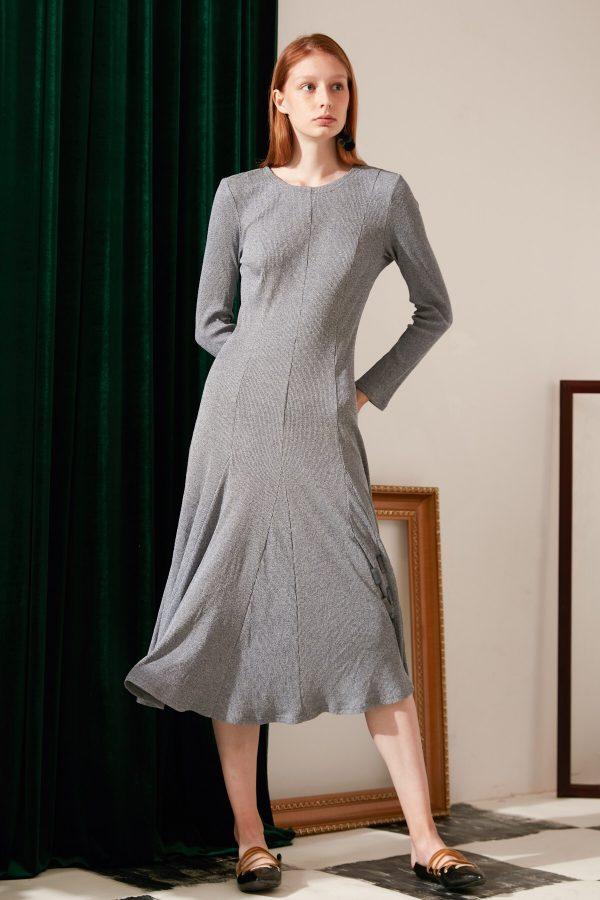SKYE modern minimalist women fashion long sleeve flare dress light grey