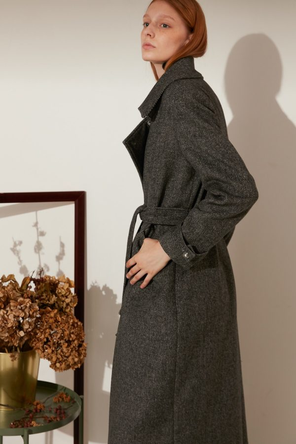 SKYE minimalist refined women fashion long wool coat dark grey 3