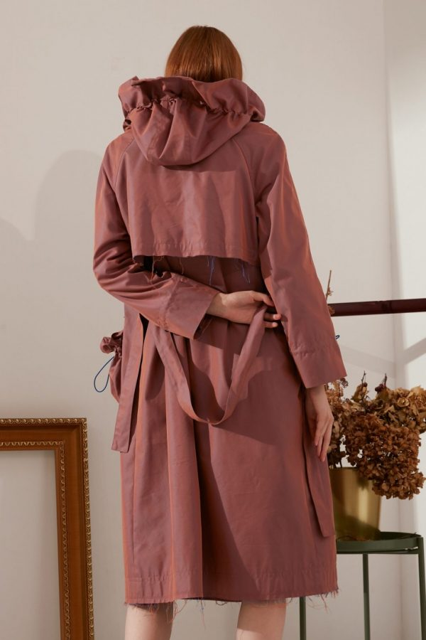 SKYE modern minimalist women fashion trench coat with removable pockets maroon 2