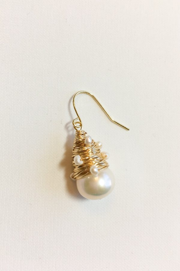 SKYE modern minimalist women fashion accessories Iseya 18K Gold Filled Freshwater Pearl Earrings