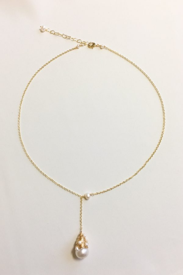 SKYE modern minimalist women fashion accessories Issey 18K Gold Filled Freshwater Pearl Necklace 4