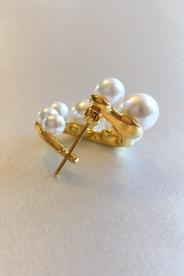 SKYE San Francisco SF ethical sustainable modern minimalist women fashion accessories Odette 18K Gold Pearl Earrings 4