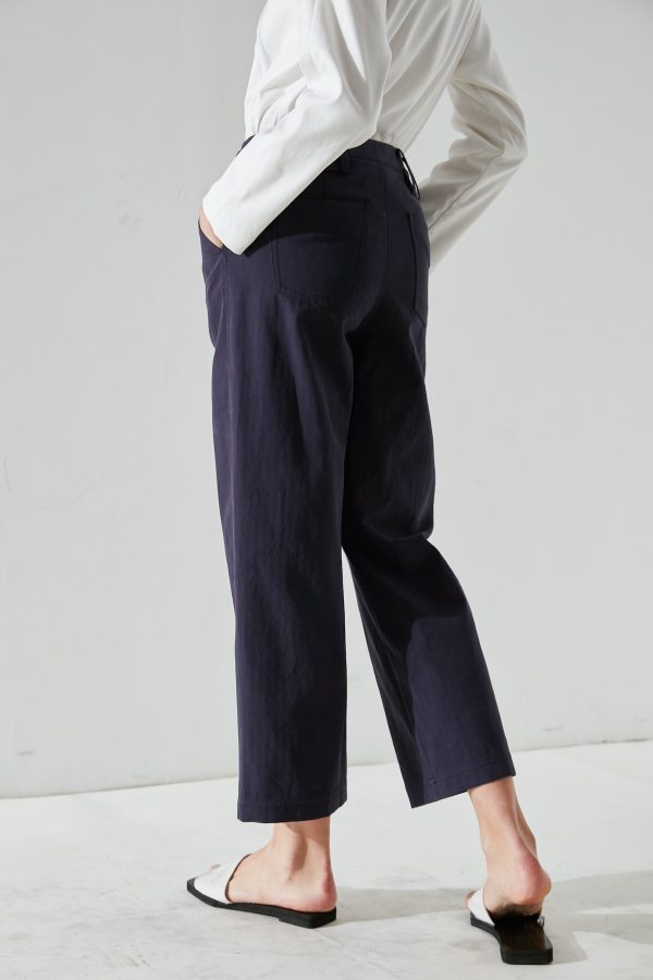 SKYE San Francisco SF California shop ethical sustainable modern minimalist quality women clothing fashion Fayette Cropped Pants 4