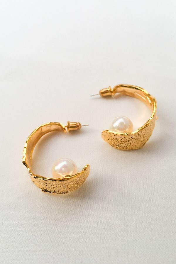 SKYE San Francisco SF California shop ethical sustainable modern minimalist quality women jewelry Margo 18K Gold Pearl Hoop Earrings 2