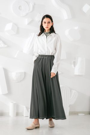 SKYE San Francisco SF shop ethical sustainable modern minimalist quality women clothing fashion Stéphane Pants green 2