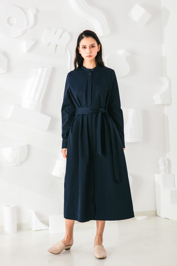 SKYE San Francisco SF shop ethical sustainable modern minimalist elegant quality women clothing fashion brand Sophie Dress Cotton Blue 5