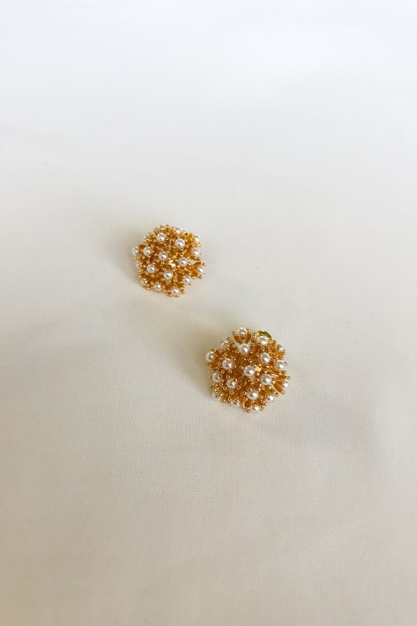 SKYE San Francisco SF shop ethical sustainable modern minimalist luxury women jewelry Spring 2020 Pissenlit 18K Gold Pearl Earrings 2