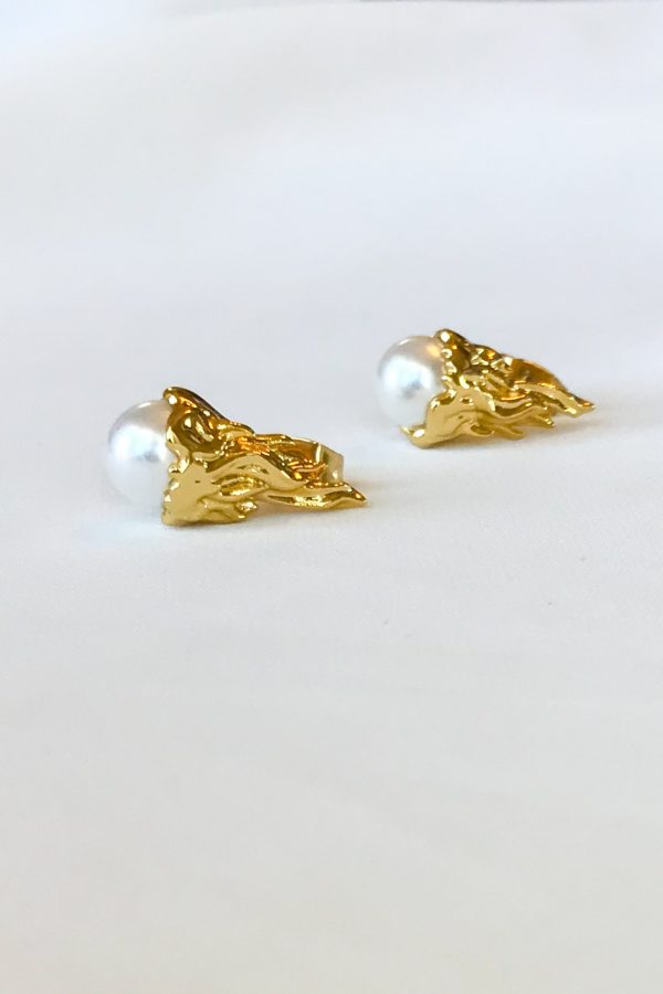 SKYE San Francisco SF shop ethical sustainable modern minimalist luxury women jewelry Spring 2020 Megève 18K Gold Pearl Stud Earrings 4