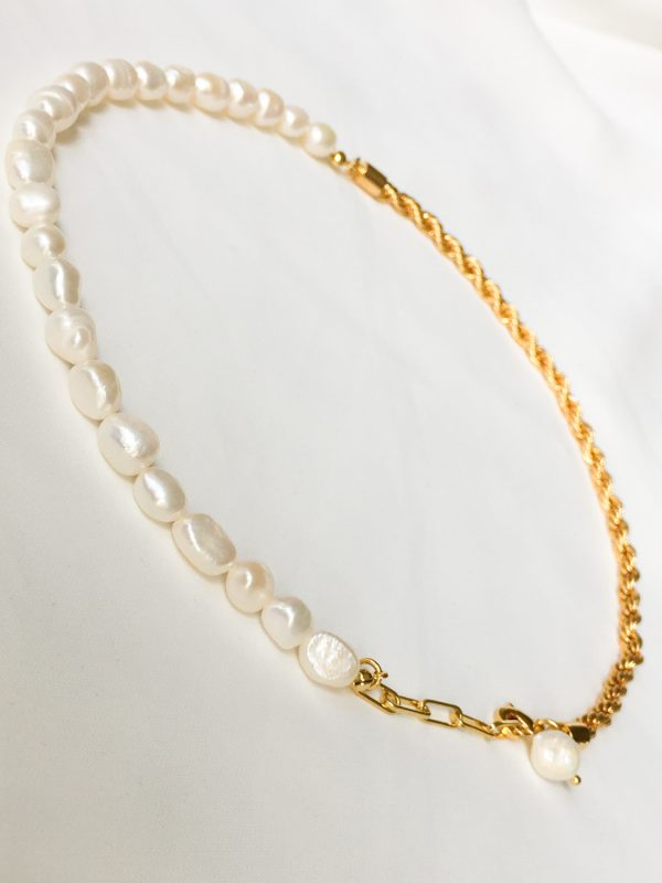 SKYE San Francisco SF California shop ethical sustainable modern chic designer women jewelry Aubin 18K Gold Freshwater Pearl Necklace 5