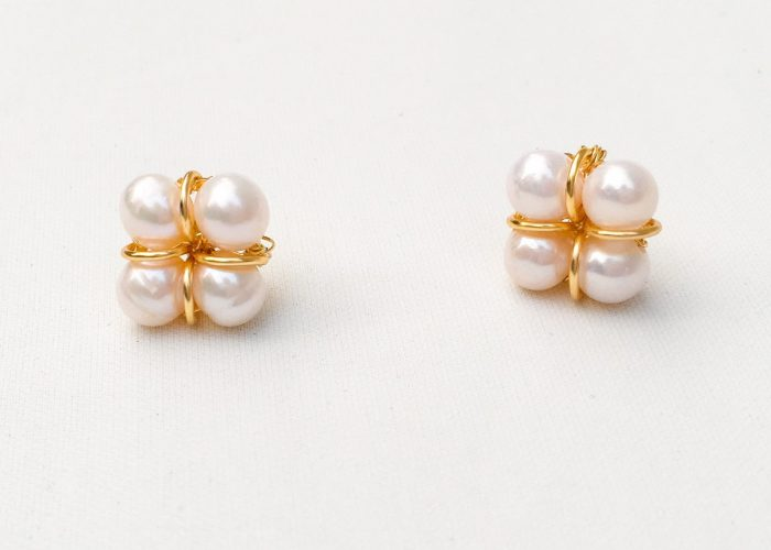 SKYE San Francisco SF shop ethical sustainable modern minimalist chic luxury women jewelry Taia 18K Gold Freshwater Pearl Earrings 5