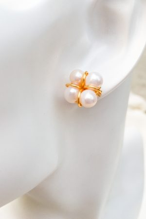SKYE San Francisco SF shop ethical sustainable modern minimalist chic luxury women jewelry Taia 18K Gold Freshwater Pearl Earrings 4