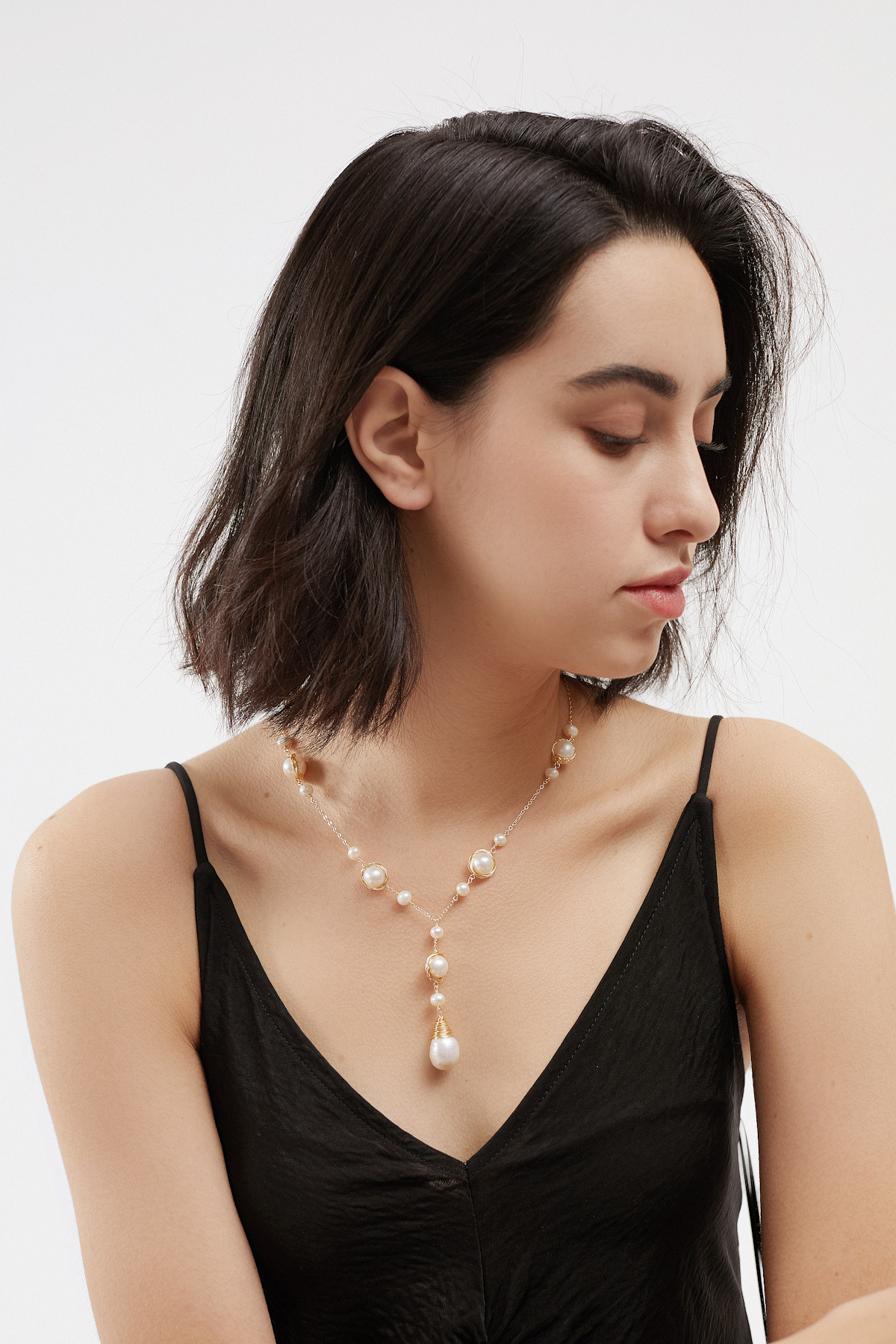 SKYE San Francisco Shop SF Chic Modern Elegant Classy Women Jewelry French Parisian Minimalist Aubrey 18K Gold Freshwater Pearl Necklace 9
