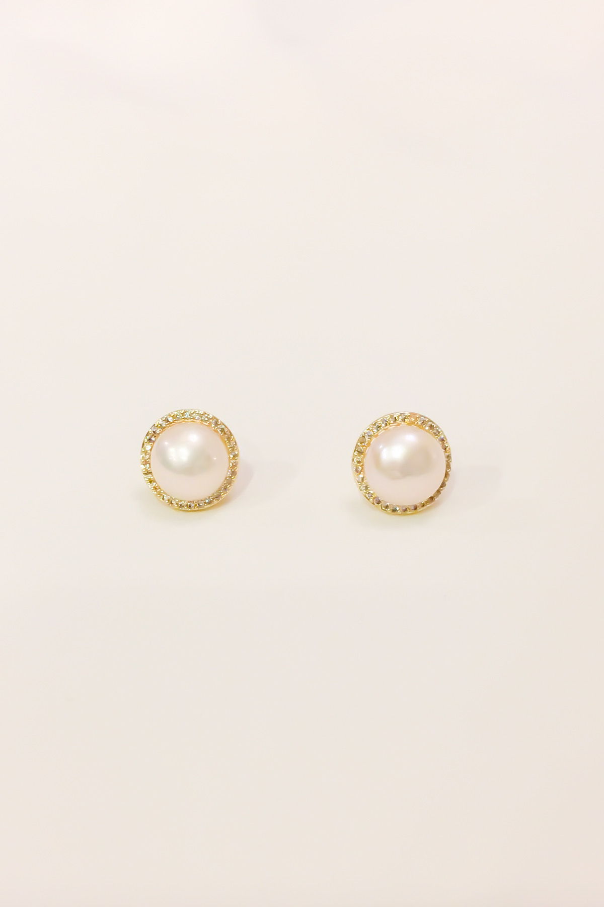 SKYE San Francisco Shop SF Chic Modern Elegant Classy Women Jewelry French Parisian Minimalist Arlette 18K Gold Freshwater Pearl Earrings 2