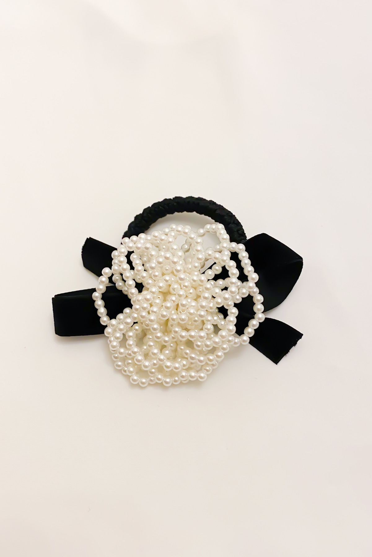 SKYE San Francisco Shop SF Chic Modern Elegant Classy Women Jewelry French Parisian Minimalist Harper Rose Pearl Hair Tie