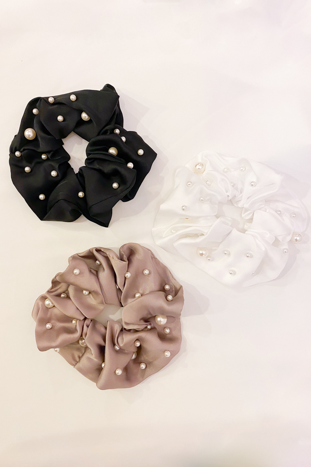 SKYE San Francisco Shop SF Chic Modern Elegant Classy Women Jewelry French Parisian Minimalist Isabella Pearl satin Scrunchie 5